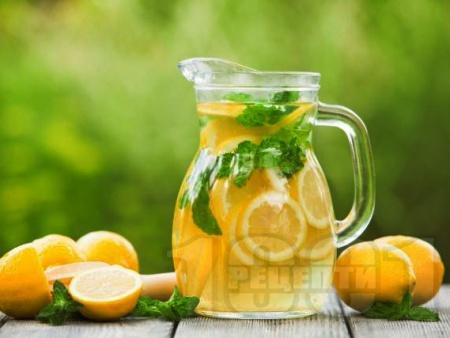 Ябълкова лимонада с лимонов сок - снимка на рецептата